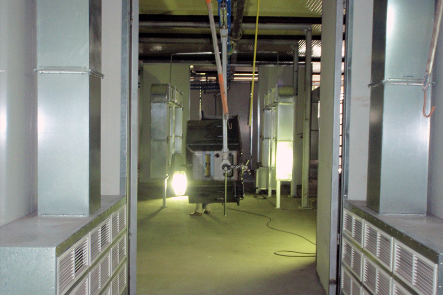 Two-door passage drying booth