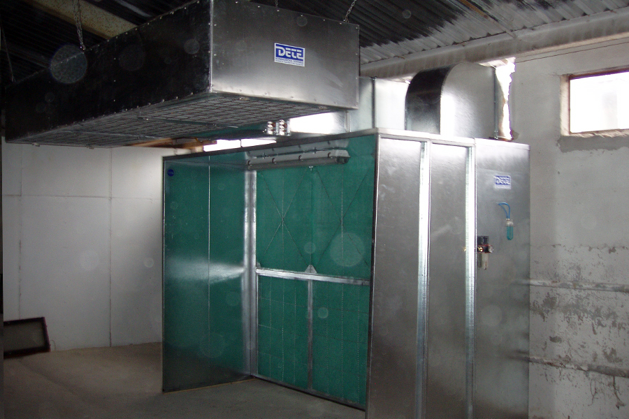 Dry filter spraying booth 1